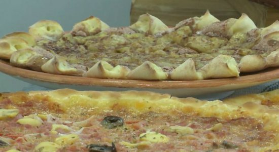 Dia da Pizza: Aprenda a preparar uma receita de pizza em 15 minutos