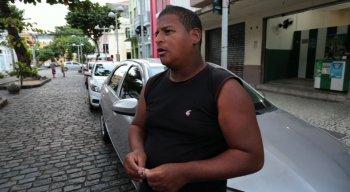 Antônio, flanelinha há 23 anos, sentiu impacto negativo na renda após o aplicativo da Zona Azul