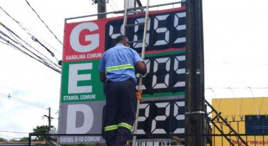 Preço da gasolina cai no Recife