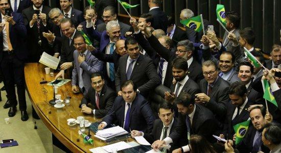 Confira pontos aprovados na Reforma da Previdência em 1º turno