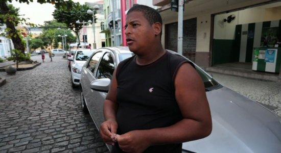 Flanelinhas do Centro do Recife reclamam da Zona Azul Digital