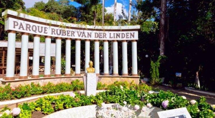 Parque Ruber Van der Linden