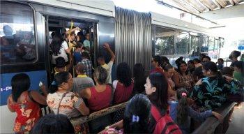 Grande Recife Consórcio de Transporte disponibilizou duas linhas de ônibus para os passageiros de Camaragibe