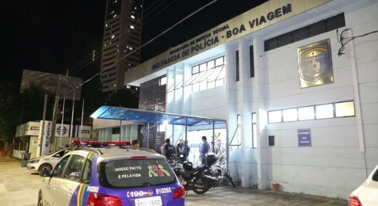 Recife: Preso suspeito de tráfico de drogas, jovem se diz arrependido