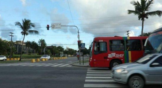 O crime aconteceu no cruzamento da Avenida Agamenon Magalhães com a Rua Odorico Mendes