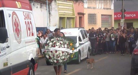 Casal pernambucano morto em Minas é enterrado em Pernambuco