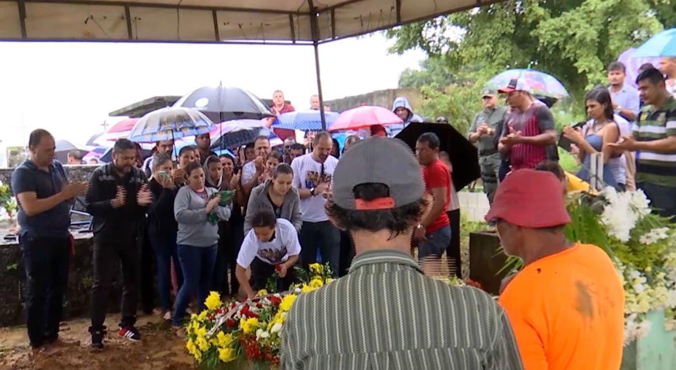Enterro foi realizado no cemitério de Palmares, na Mata Sul