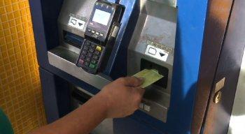 máquinas que recarregam VEM quebradas nas estações de BRTS