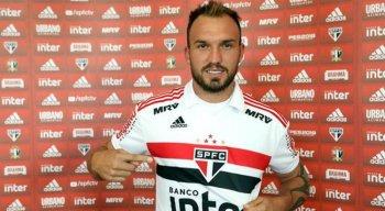 Encostado, Willian Farias disputou apenas seis partidas pelo São Paulo