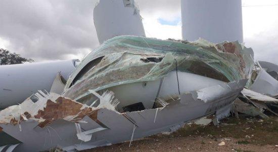 Parte de torre eólica quebra e cai em Caetés, no Agreste