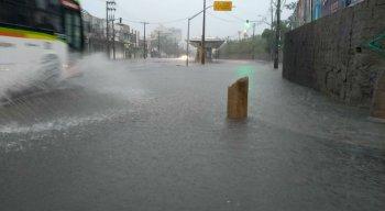 Chuvas fortes atingem Região Metropolitana do Recife nesta quarta-feira