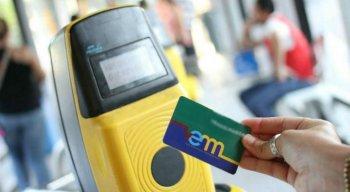 Com o cartão em mãos, a recarga de passagens poderá ser realizada em qualquer ponto credenciado na RMR