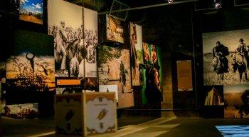 Exposição Tengo Lengo Tengo, no Cais do Sertão