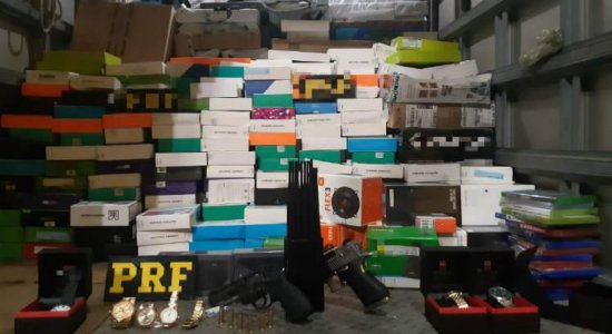 Grupo é detido na RMR com carga de eletrônicos roubada dos Correios