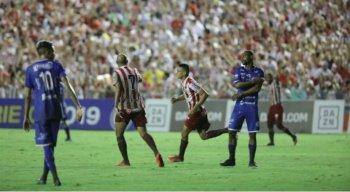 Thiago marcou um dos gols da vitória, chegou a cinco na Série C, e se tornou o artilheiro do time na competição.