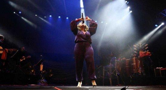 FIG-2019 encerra apresentação com cantora  Maria Rita
