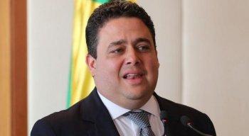 'Lamentavelmente, temos um presidente que trata a perda de um pai como se fosse assunto corriqueiro', disse Felipe Santa Cruz