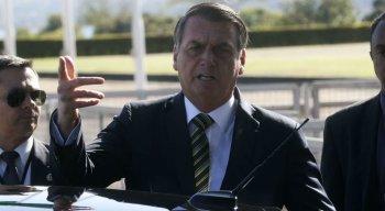 Bolsonaro falou com jornalistas no Palácio da Alvorada
