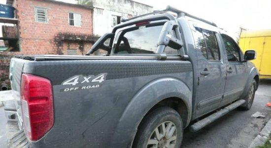 Empresária tem carro roubado e suspeito é preso horas depois na RMR