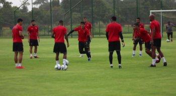 Time do Sport treinou no CT do clube visando confronto contra o Coxa Branca