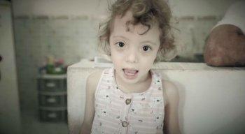 A menina tem 3 anos