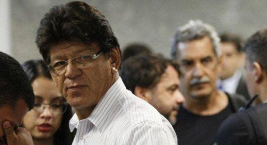 Condenado por mandar matar promotor de Itaíba chega ao Recife