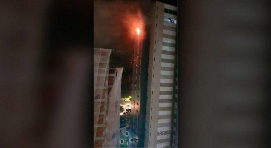 Incêndio atinge apartamento de idosa e assusta moradores em Boa Viagem