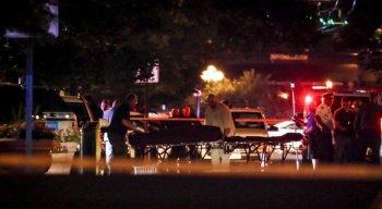 Dez pessoas, incluindo um suspeito, foram mortas em um tiroteio em Dayton, Ohio, e pelo menos outras 16 foram levadas para hospitais com ferimentos, segundo a polícia