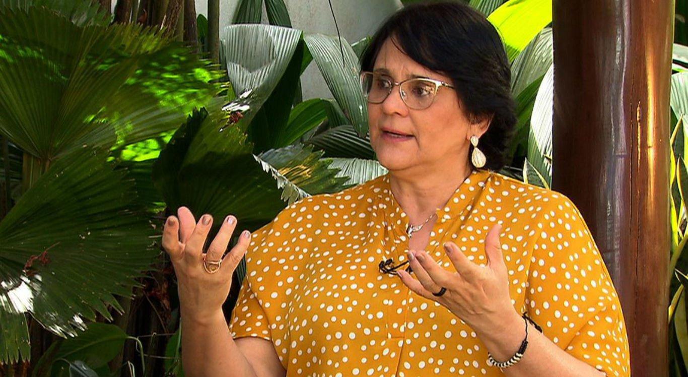 Damares disse ainda que acredita que enfrentar o suicídio é um desafio da humanidade e que o Brasil já amarga números absurdos