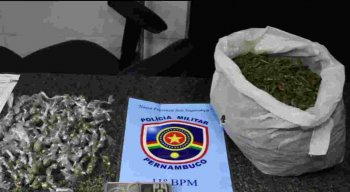 Polícia Militar apreende drogas na Bomba do Hemetério