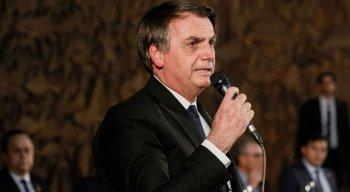 Bolsonaro contou que assinou uma MP sobre a divulgação de documentos de empresas de capital aberto