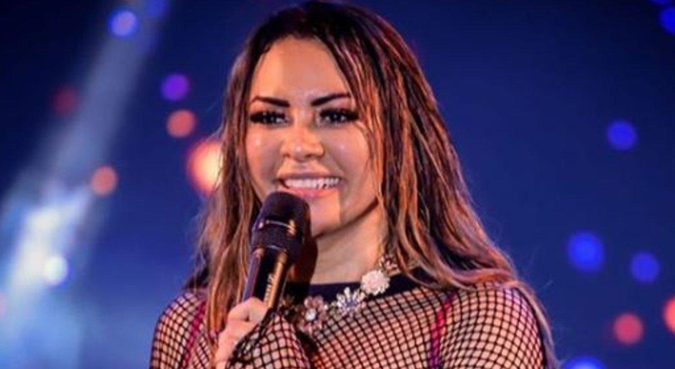 A cantora Márcia Felipe encerra a noite