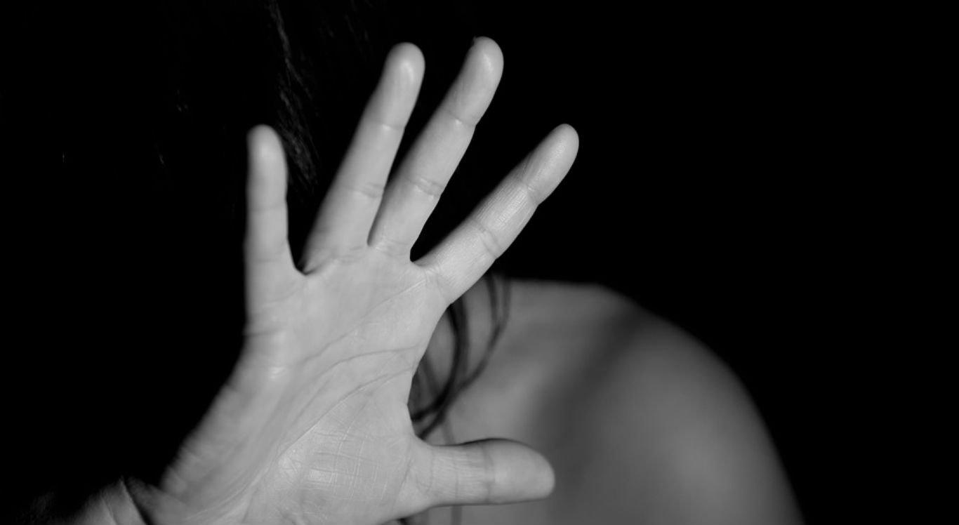 Denunciar casos de agressões contra mulheres é o caminho para reduzir número de mortes