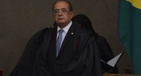 Ministro do STF Gilmar Mendes proíbe cultos religiosos