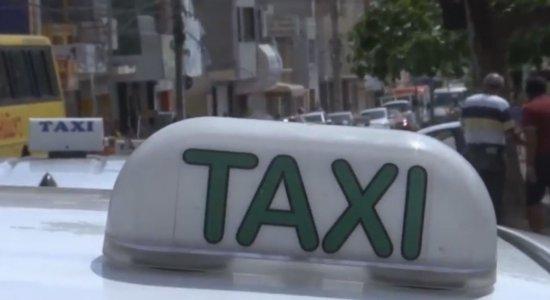 Carnaval: Táxis de 10 cidades da RMR são liberados para rodar no Recife