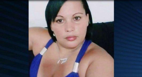 Feminicídio: IML libera corpo da mulher morta carbonizada no Cabo
