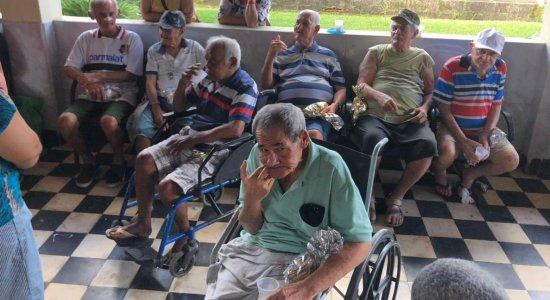 Ação em prol ao Dia do idoso dá orientações gratuitas voltadas à saúde