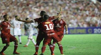 O capitão alvirrubro, Josa, foi o autor do primeiro gol do Náutico