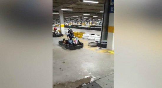 Jovem tem couro cabeludo arrancado em acidente de kart em Boa Viagem