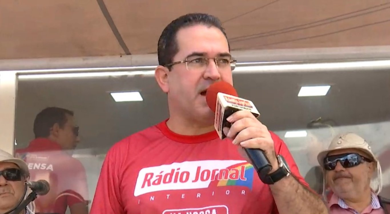 Radialista e apresentador Dilson Oliveira
