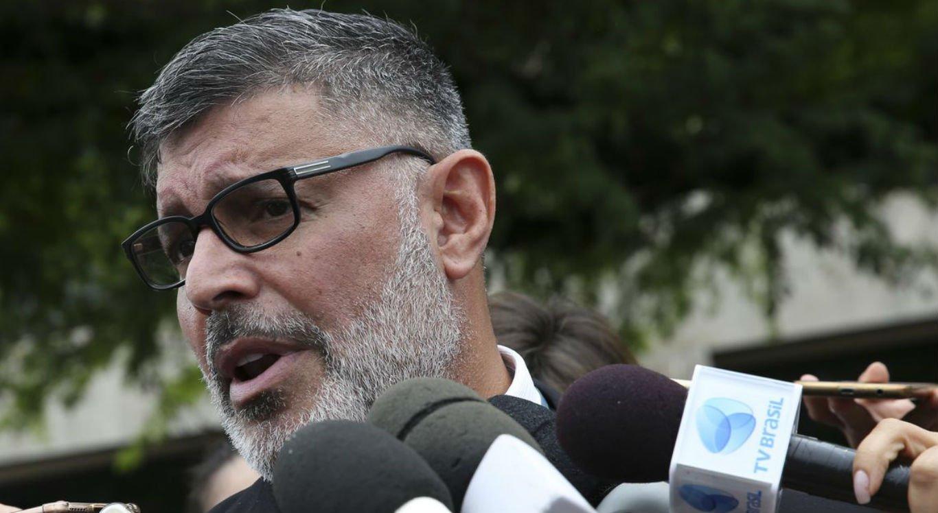 Após criticar presidente Bolsonaro, Alexandre Frota é expulso do PSL