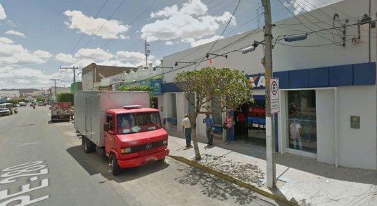 Idoso é detido tentando aplicar golpe em Caixa Econômica no Sertão