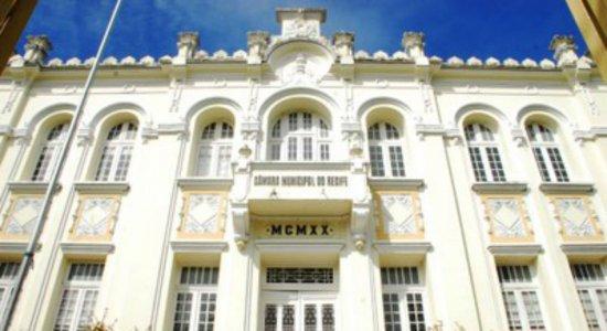 Câmara dos Vereadores do Recife gastou 72 milhões de reais em apenas seis meses