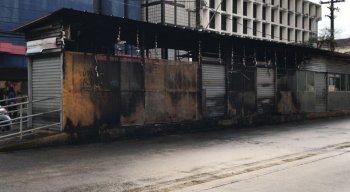 Estação Gervásio Pires II foi atingida pelo incêndio de um ônibus