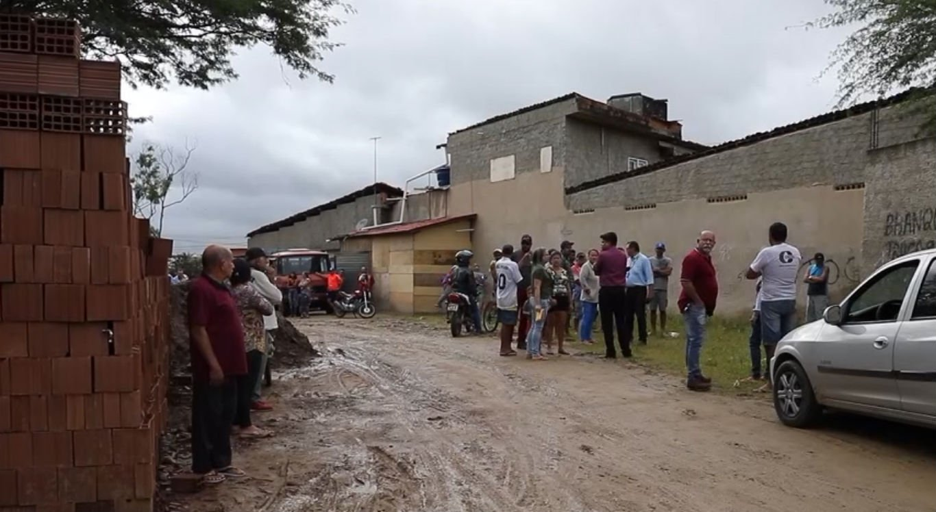 Homem foi morto a tijoladas na Vila Kennedy, em Caruaru