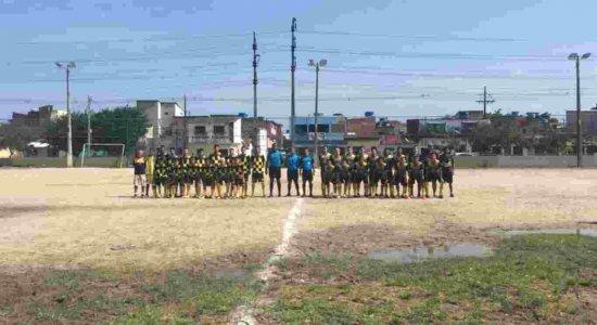 Unibol vence Escolinha de Fernandinho na estreia do Recife Bom de Bola