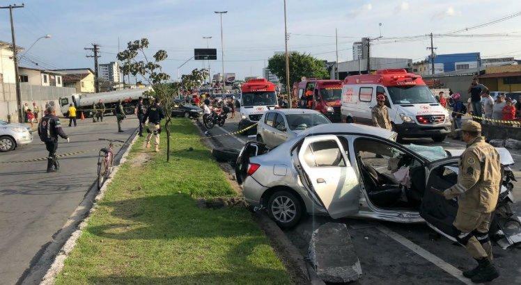Uma pessoa morreu devido ao acidente.