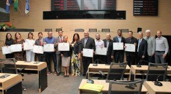 Entre os homenageados estavam o comentarista Aroldo Costa e o coordenador de esportes da TV e Rádio Jornal, Tiago Morais