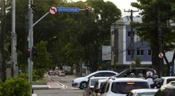 Condutores na Avenida Mario Melo não poderão mais girar à esquerda na Avenida Cruz Cabugá, no sentido Rua do Hospício.