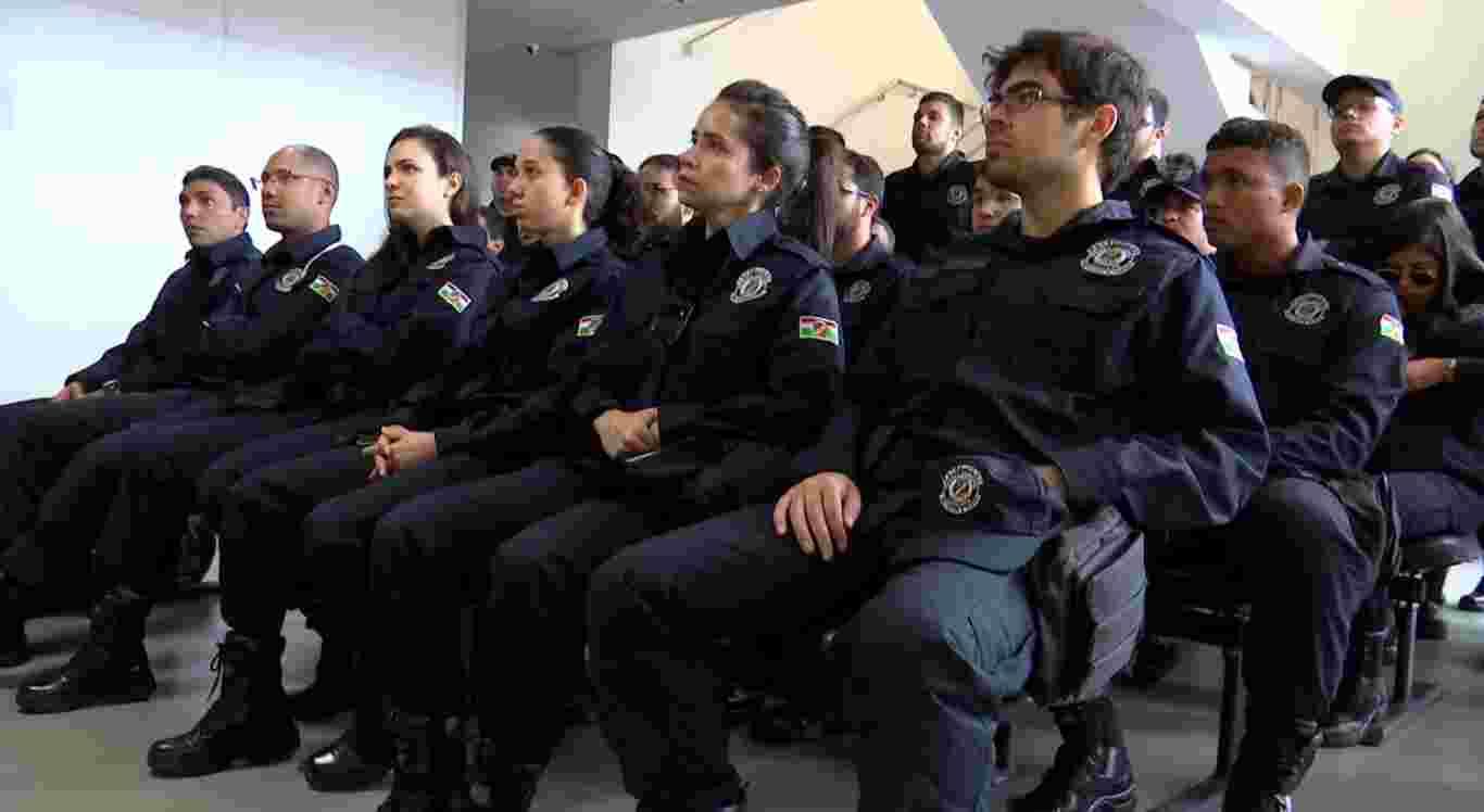Novos guardas municipais tomam posse em Caruaru
